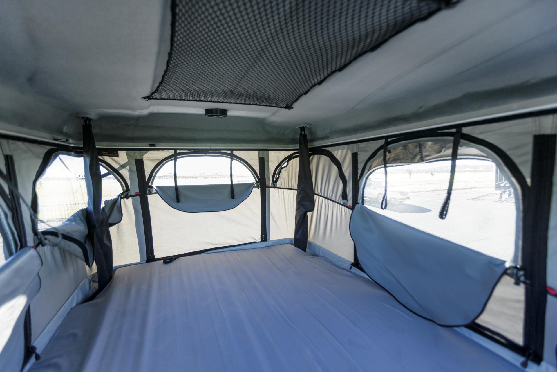 apollo vivid camper wohnmobil mieten in australien. Black Bedroom Furniture Sets. Home Design Ideas