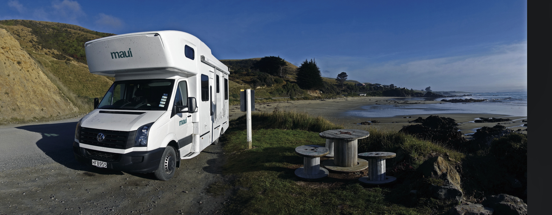 maui river wohnmobil mieten in neuseeland. Black Bedroom Furniture Sets. Home Design Ideas