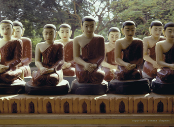 Buddha Figuren in Mandalay