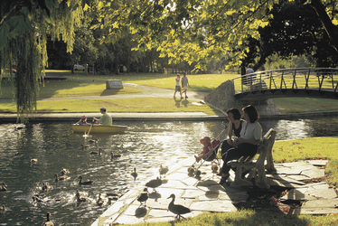 Am Torrens River in Adelaide