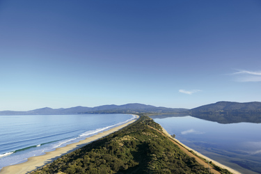 Isthmus Adventure Bay & Great Bay, Blick auf Bruny Island