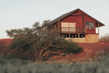 Dune Chalet, Bagatelle Kalahari Game Ranch