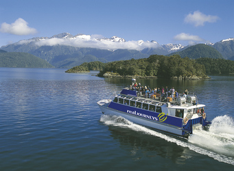 Fiordland Flyer, Lake Manapouri