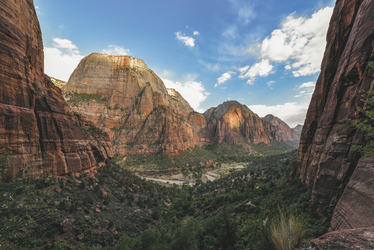 Ausblick vom Angels Landing Trail im Zion NP - c Utah Office of Tourism/Matt Morgan