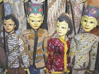 Holzpuppen aus Indonesien - © Kelana DMC