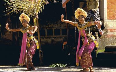 Barong-Tänzerinnen