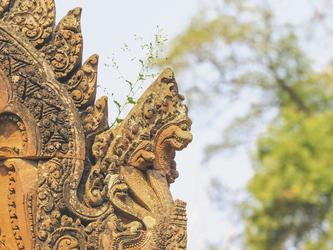 Bas relief in Banteay Srei