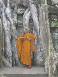 Mönch vor Ta Phrom, ©Ines Höflich