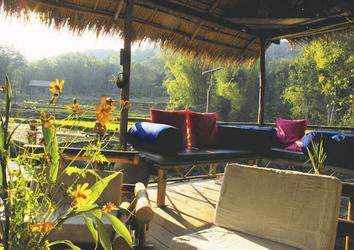Terrasse in der Kamu Lodge