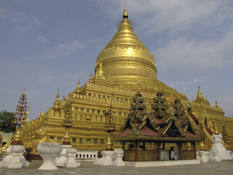 Shwezigon Tempel, Bagan