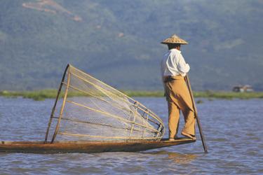 Einbein-Ruderer auf dem Inle See