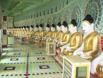 Buddha-Statuen in Sagaing - © Exotissimo, ©Exotissimo
