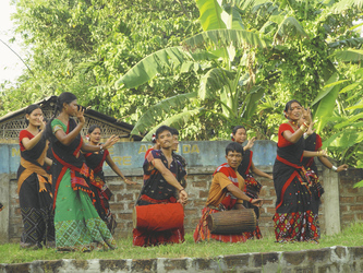 Traditioneller Tanz auf Majuli Island, ©Local Roots