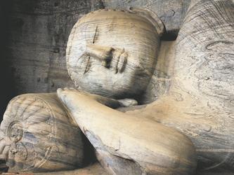 Buddha bei Gal Vihara, Polonnaruwa