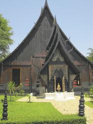 Schwarzer Tempel Baan Dam  in Chiang Rai