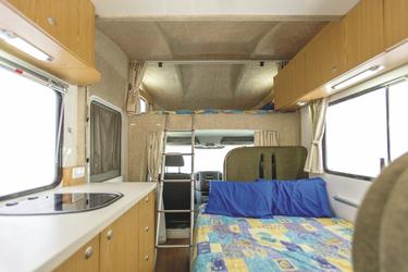 Nachts zum Doppelbett umgebaut
