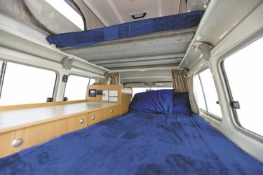 Oberes und unteres Bett