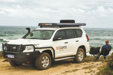 4WD Toyota Land Cruiser Prado