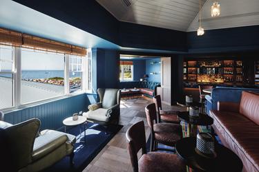 Hemmingways Bar