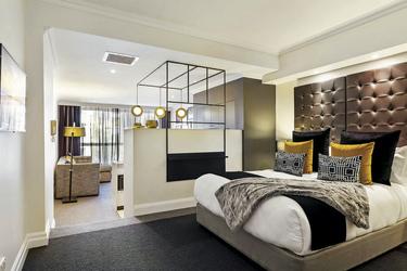 Studio mit Schlaf- und Wohnbereich, ©Lee Lucas