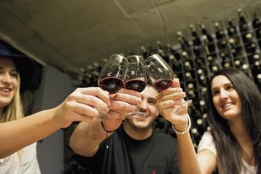 Zur Weinprobe
