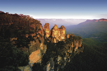 Three Sisters, Blue Mountains, ©Chee-Onn Leong