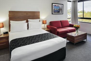 Premium-Zimmer (hier mit Doppelbett)
