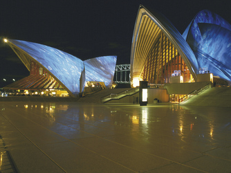 Opernhaus bei Nacht in Sydney