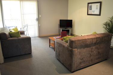 Wohnbereich, 2 Schlafzimmer Apartment