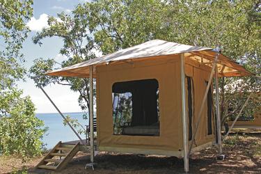 Zelt mit Ausblick im Coastal Camp