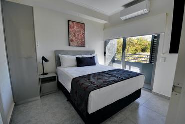 Zweites Schlafzimmer im Deluxe-Zimmer