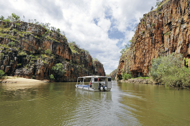 Katherine Gorge ©Steve Strike/Tourism NT