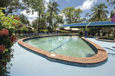 Pool im tropischen Garten, ©Ben Wrigley