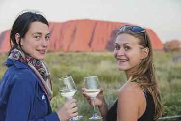 Beim Uluru (Ayers Rock) Sonnenuntergang