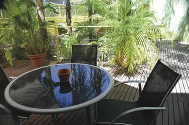 Schattiges Gäste-Deck