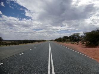 Einsamer Lasseter Highway