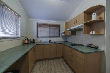 Deluxe Cabin, Küche