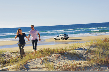 75 Mile Beach, Fraser Island, © Darren Jew / Tourism and Events Queensland
