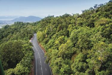Durch den Regenwald hinauf nach Kuranda, ©Tourism Queensland