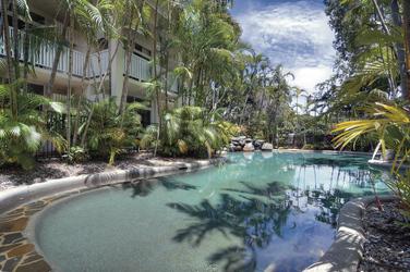Pool für die Hotelgäste