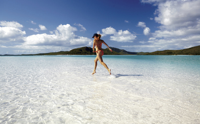 Am Whitehaven Beach