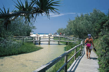 Beim Eli Creek auf Fraser Island, ©Tourism and Events Queensland