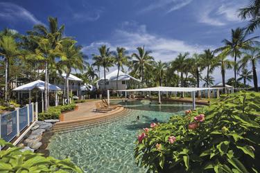 Swimmingpool im Coral Sands Resort