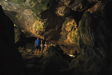Capricorn Caves Tour