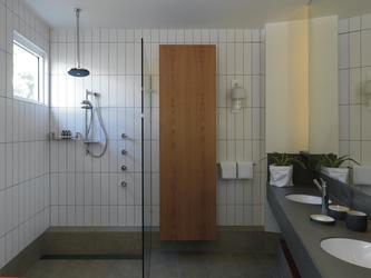 Bad in der Meerblick-Villa