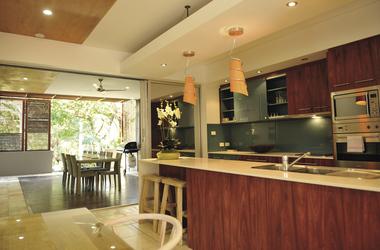 Beach Homes mit Küche und Essbereich