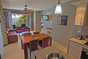 Wohn- und Essbereich der Island Suite