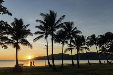 Abendstimmung Cairns Esplanade