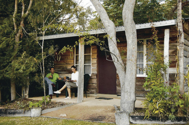 Rustikales Bungalow (Rustic Cabin)