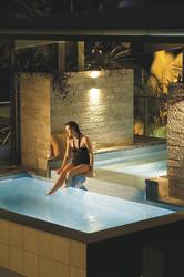 Apartment mit Terrasse und Pool, ©Juniper Development Group